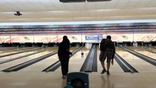 preview picture of video 'Alex strikes at Aguadilla bowling alley'