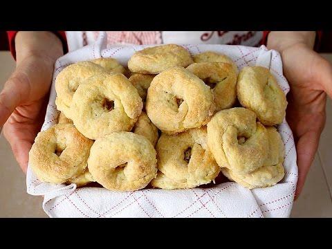 TARALLI DOLCI AL VINO BIANCO RICETTA FACILE – Italian Wine Doughnuts Recipe