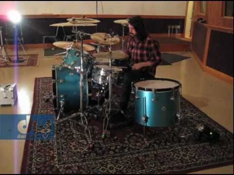 Dave Grohl Plays DW Drums