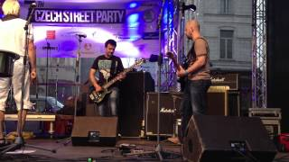 Video Cankisou in Brussel 2013, Zuha live