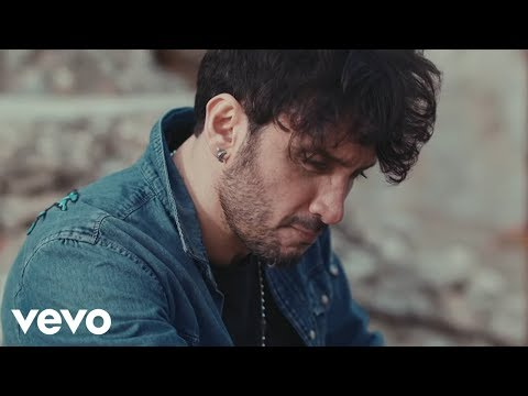 Fabrizio Moro - L'eternità (Il mio quartiere) ft. Ultimo [Official Video]