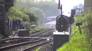 preview picture of video '44871 and 45407 at Bamber Bridge Foot Crossing on the 'Highlands and Islands Explorer'. 9th May 2014'
