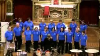 preview picture of video 'Hakuna Matata cantata dal Coro Lidderfrënn 08/09/2013'