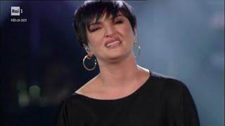 Sanremo 2019 Arisa Si Sente Male Sul Palco E Perde La Voce: Ecco Cosa è Successo