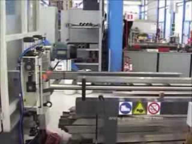 Instalação para painéis para portões industriais / civis