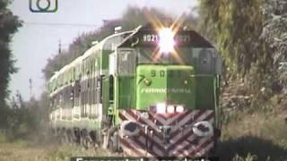 preview picture of video 'Tren de Ferrocentral pasando por Manfredi'