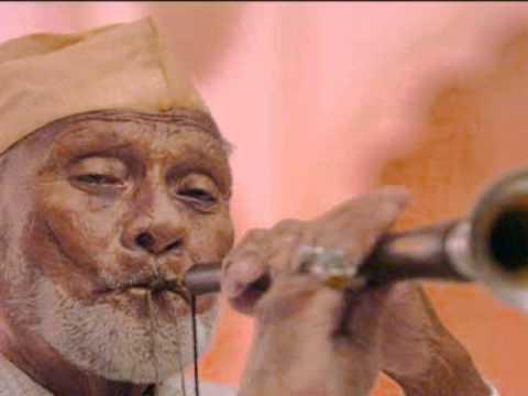 Raag Bhairavi on Shehnai  by Ustad Bismillah Khan