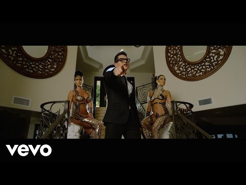 Regulo Caro - Soltero Disponible (Video Oficial)