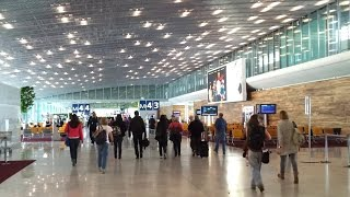 A Video of Paris Charles de Gaulle Airport, Part 2: Terminal 2, Hall M