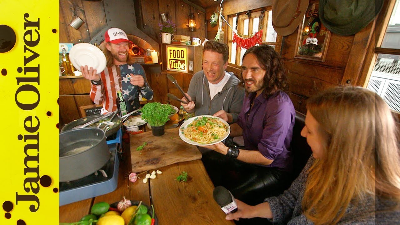 Jamie Oliver And Russell Brand Cook Booby Pasta
