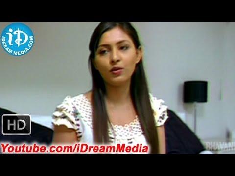 Karalu Miriyalu Movie - Navakesh, Madhu Shalini Best Scene