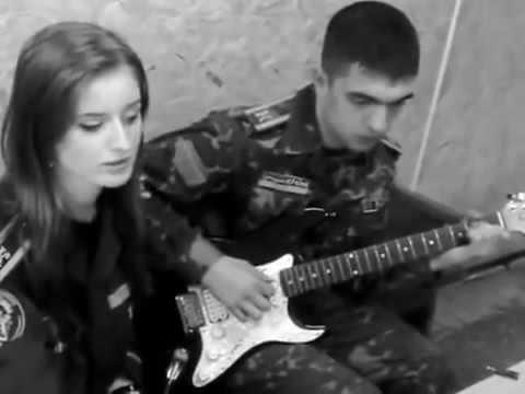 Афганистан  Песня под гитару   Очень красиво поет