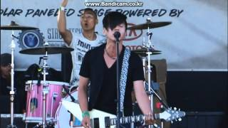"K-pop/Rock/ ""YB"" -- Warped Tour 2009 in USA Part.1"