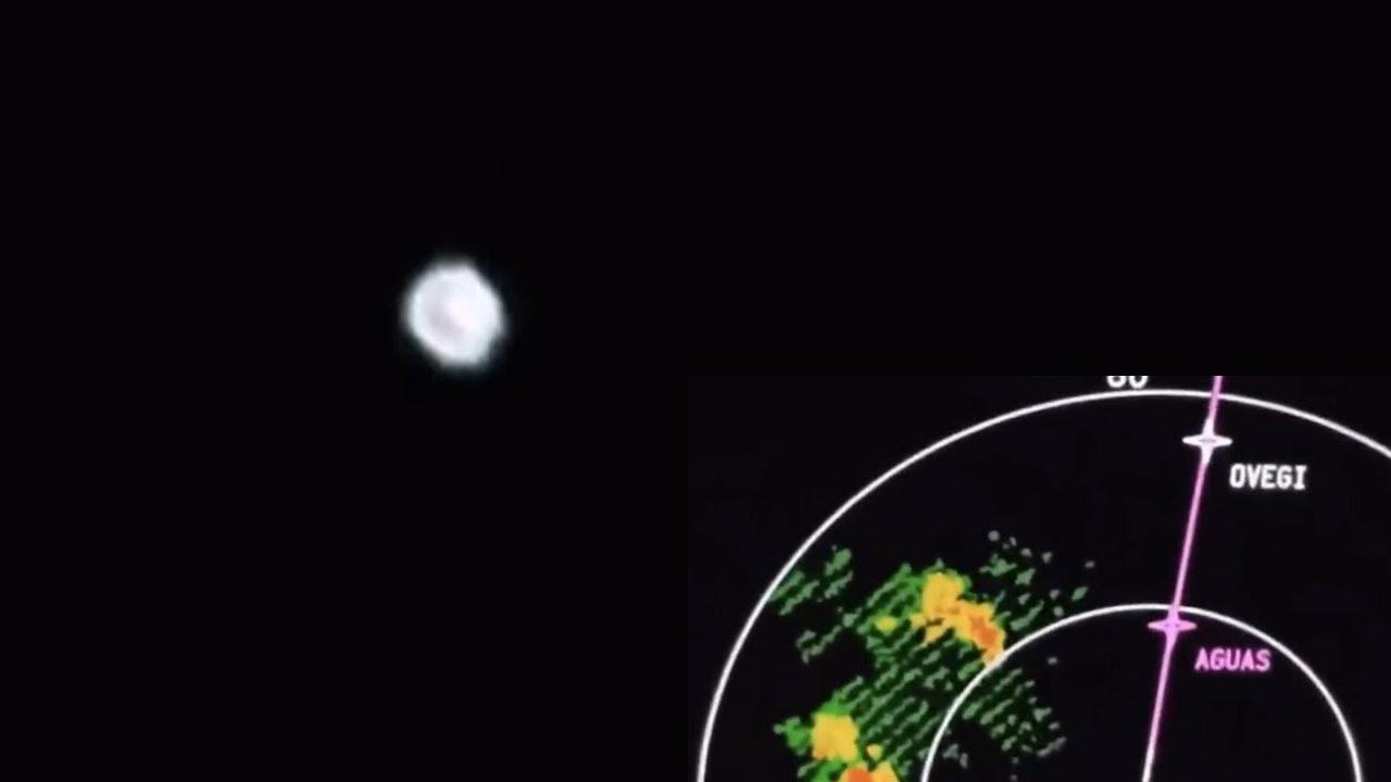 OVNI grabado por Pilot. Imágenes de la cabina. Con informe NARCAP independiente