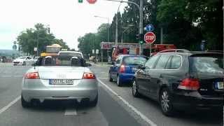 preview picture of video 'Löschzug Feuerwache Dresden-Striesen auf Alarmfahrt'