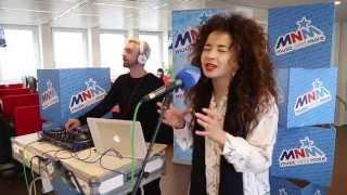 MNM: DJ Fresh ft Ella Eyre - Gravity