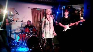 Наргиз Закирова Женщина которая поёт Nargiz Zakirova Ресторан Балкон05.12.2013