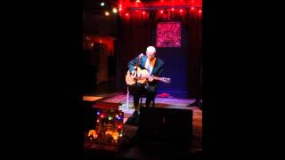 Michael Pearce at Chickie Wah Wah 1-1-2016 singing Louise McGhee by Son House