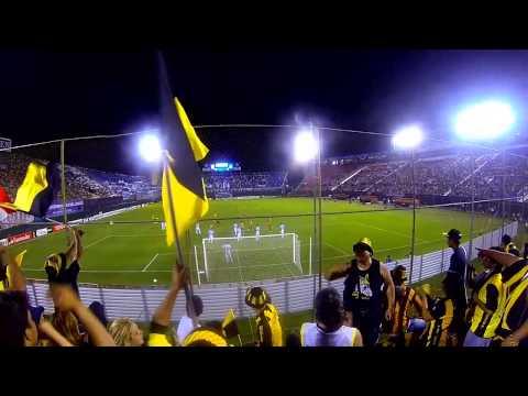 """""""La  Hinchada Aborigen Guarani vs Racing II."""" Barra: La Raza Aurinegra • Club: Guaraní de Asunción"""