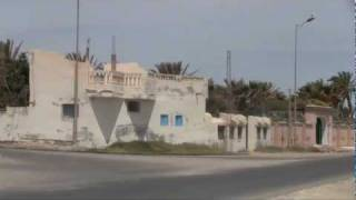 preview picture of video 'PriezPourLaTunisie - La région de Medenine, Tunisie 001'