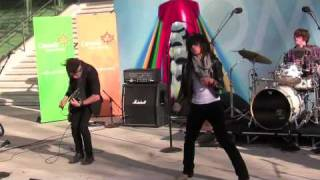 """Fefe Dobson at the Canadian Embassy - Pt. 3 - """"Watch Me Move"""" and """"I Want You"""""""