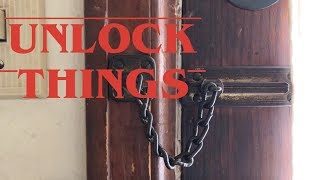 UNLOCKING a chain lock like in Stranger Things