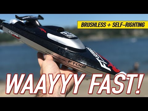 FASTEST Brushless Self Righting RC Boat – FeiLun FT012 RC High Speed Racing Boat Review & Water Test