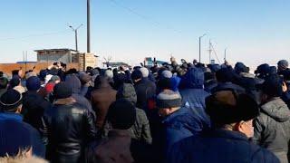 Митинг в Зайсане. Сотни людей требуют перекрыть границу с Китаем. 20.02.20 / БАСЕ