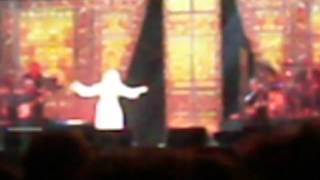 Dolly Parton: Lay Your Hands On Me (Live in Auckland, 8 Feb 2014)