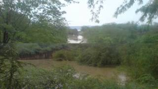 preview picture of video 'MANDORI VILLAGE FLOOD 2010'