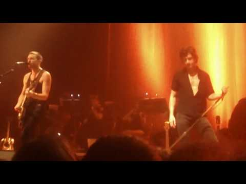 """The Last Shadow Puppets Leonard Cohen Cover """"Is This What You Wanted?"""" Live in Cleveland"""