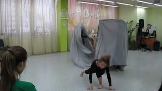 ДРУГИЕ, инклюзивный театр танца. Закрытые люди.