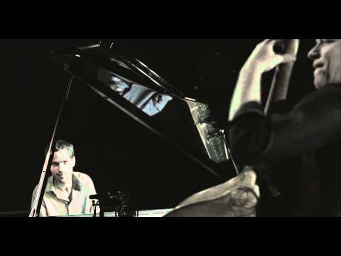 AVISHAI COHEN - CRISS CROSS online metal music video by AVISHAI COHEN (BASS)