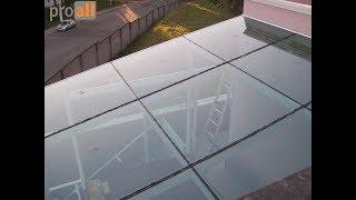 Cobertura de Vidro e Alumínio