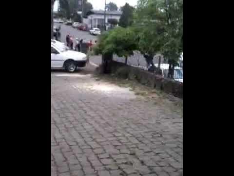 Refém é morto durante ataque a bancos em Arvorezinha