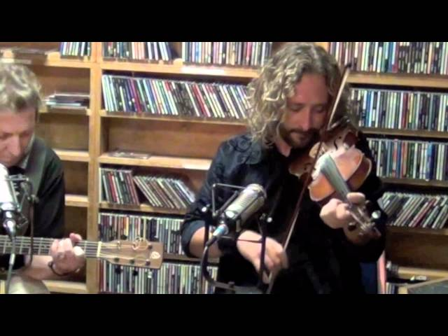 Richard Wood & Gordon Belsher - Traditional Fiddle Medley - WLRN Folk Radio with Michael Stock