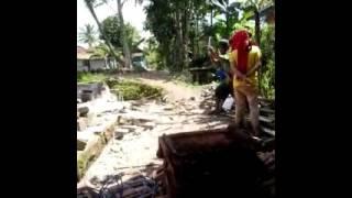 Gempa Bumi Meratakan Satu Rumag