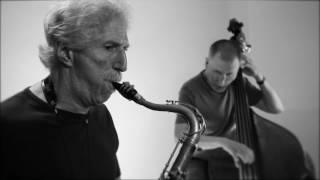 "Eastman • Bob Mintzer & Chuck Israels • ""Doxy"""