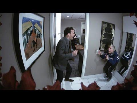 Ellen Scares Jimmy Fallon (видео)