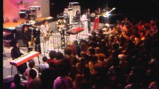 """Midnight Special-Sly & The Family Stone """"Thank You(Falettinme Be Mice Elf Agin)"""""""