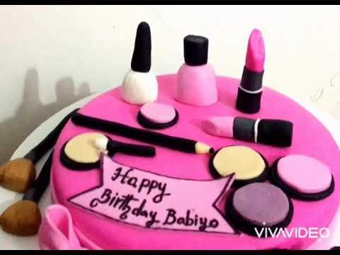 Мастер-класс торта с мастикой в форме косметики