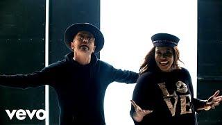 Video Bleed The Same de Mandisa feat. Tobymac y Kirk Franklin