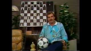 Chessfootballinterview with grandmaster Simen Agdestein - 1989