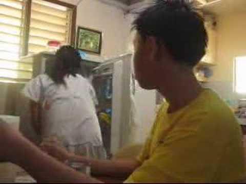 Isang hanay ng mga pagsasanay sa gym para sa mga batang babae upang mawala ang timbang sa ang hips