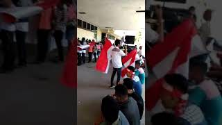 preview picture of video 'Fary Francis di demo Relawan Jokowi NTT'