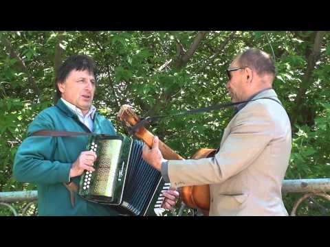 Погода в доме - уличные музыканты Иван и Миша (Сумы)