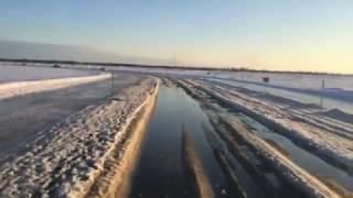 Ледовая переправа через Енисей 23.03.2015