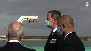 Su Majestad el Rey visita el buque Hidrográfico Tofiño