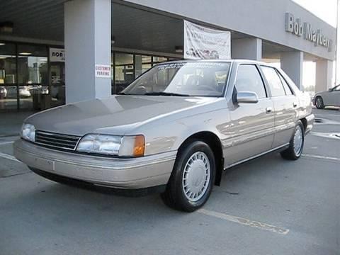 1990 Hyundai Sonata GLS Start Up, Engine, and In Depth Tour (2011 Compare)
