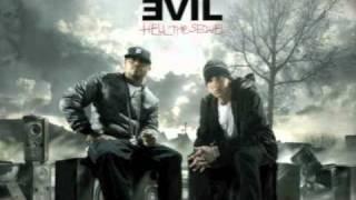 Bad Meets Evil - Echo (Deluxe track) - Eminem & Royce da 5'9